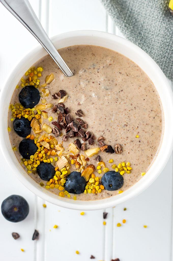 Chocolate Almond Smoothie Bowl